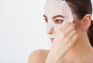 Prendre soin de sa peau avec un masque pour visage fait maison